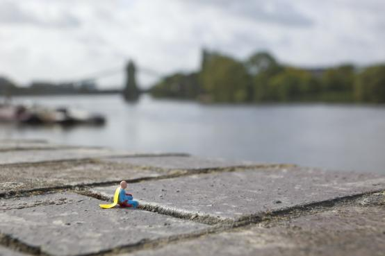 Slinkachu:Dreams of Living it All Again