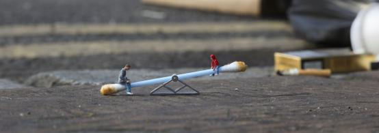 Slinkachu:Ups and Downs