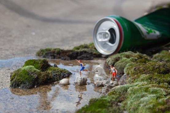 Slinkachu:The Stream