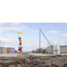 Slinkachu:Balancing Act